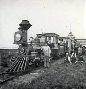 Steam engine and crew